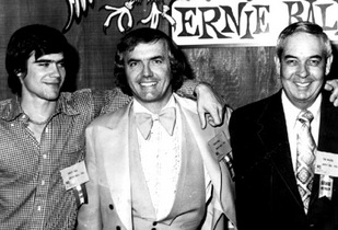 1972_Том Уолкер, Лео Фендер (Leo Fender) и Форест Уайт (Forest White)